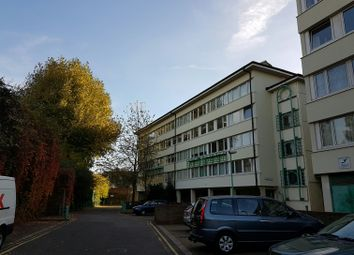 1 bed flat to rent in Tawny Way, Surrey Quays, London SE16