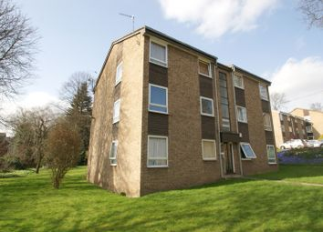 Thumbnail 2 bedroom flat to rent in Grosvenor Park Gardens, Hyde Park, Leeds