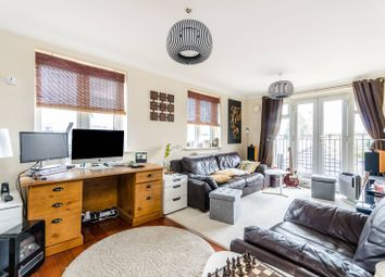 Thumbnail 2 bedroom flat for sale in Masons Hill, Bromley