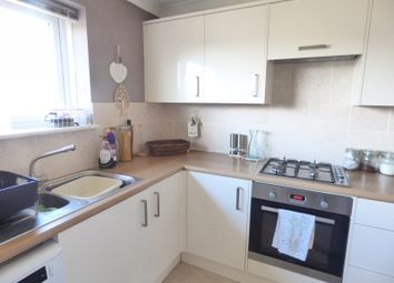 Thumbnail 2 bed flat to rent in Runnymede, Fareham