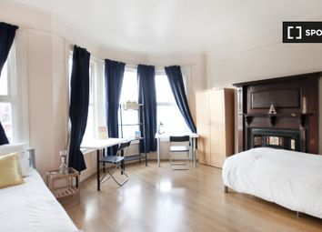Thumbnail 8 bed shared accommodation to rent in Pemberton Road, London