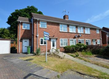 Thumbnail 1 bed flat for sale in Kingswood Close, Chesterfield