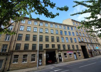 Thumbnail 2 bed flat to rent in 3 Hennymoor House, 7-11 Manor Row, Bradford