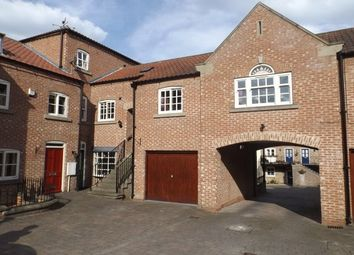 Thumbnail 2 bedroom flat to rent in Allhallowgate, Ripon