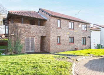 1 bed flat for sale in Cleveland Drive, Washington, Tyne And Wear NE38
