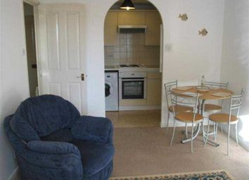 1 bed flat to rent in Linden Place, Fairfield Avenue, Staines-Upon-Thames TW18