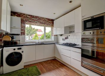 5 bed semi-detached house to rent in Birch Road, Romford RM7
