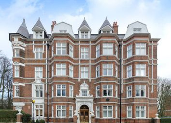 Thumbnail 4 bed flat to rent in East Heath Road, Hampstead