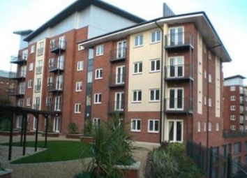 Thumbnail 3 bed flat to rent in New North Road, Exeter