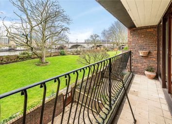 Thumbnail 5 bed terraced house for sale in Kreisel Walk, Richmond, Surrey