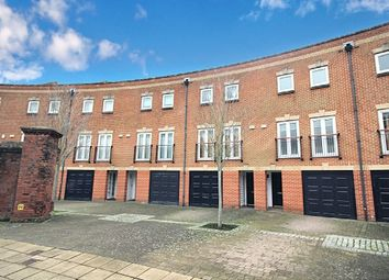 Thumbnail 4 bed property to rent in Minerva Crescent Gunwharf Quays, Portsmouth
