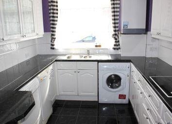 Thumbnail 3 bedroom flat for sale in Park Lane, Kilsyth