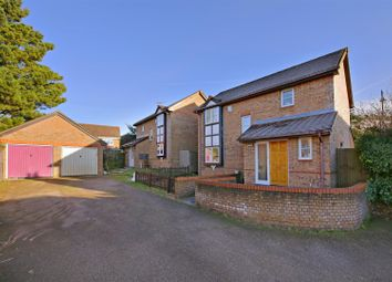 Thumbnail 3 bed detached house for sale in Hamblings Close, Shenley, Radlett