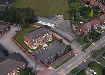 Thumbnail 2 bed flat for sale in Boston Avenue, Cheshire