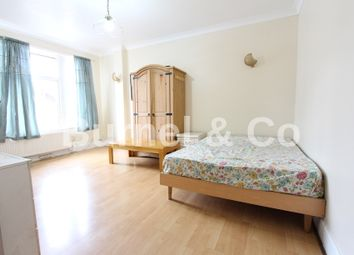 Thumbnail 2 bed flat to rent in Sunnycroft Road, Hounslow