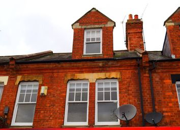 Thumbnail 3 bed flat to rent in Kingsley Park Terrace, Northampton