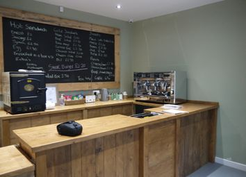 Thumbnail Restaurant/cafe for sale in Cafe & Sandwich Bars BD4, West Yorkshire