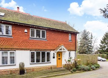 Thumbnail 3 bedroom cottage to rent in Church Walk, Bletchingley, Redhill