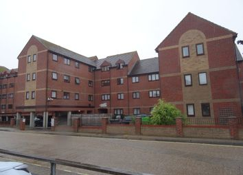 Thumbnail 2 bedroom flat to rent in Mumby Road, Gosport