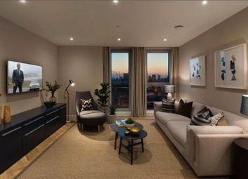 Thumbnail 1 bed flat to rent in Two Fifty One, Southwark Bridge Road, Elephant And Castle, London