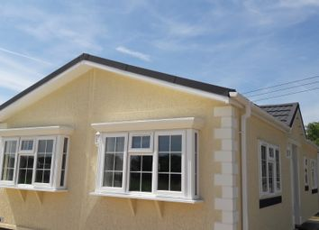 Thumbnail 2 bedroom mobile/park home for sale in Bayworth, Abingdon