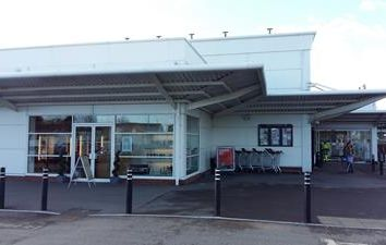 Thumbnail Retail premises to let in Unit 1, 30A Mulfords Hill, Tadley, Basingstoke