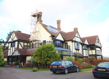 Thumbnail 2 bed flat to rent in Coombe Hall Park, East Grinstead