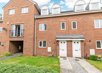 3 bed town house to rent in Berkeley Close, Warrington, Cheshire WA5