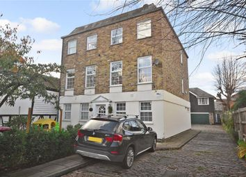 Thumbnail 3 bedroom town house for sale in High Road, Chigwell, Essex