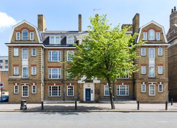 Thumbnail 2 bedroom flat for sale in Cambridge Heath Road, London