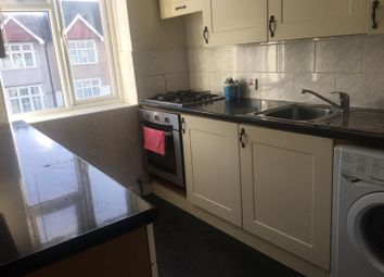Thumbnail 3 bed flat to rent in Salisbury Avenue, Barking