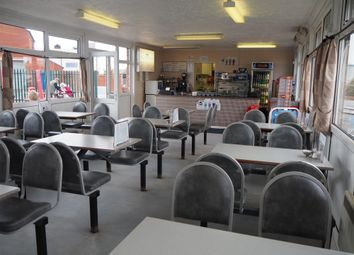 Thumbnail Restaurant/cafe for sale in Cafe & Sandwich Bars HU19, East Yorkshire