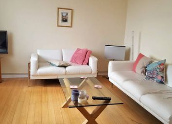 Thumbnail 2 bed flat to rent in East Grinstead Road, Lingfield