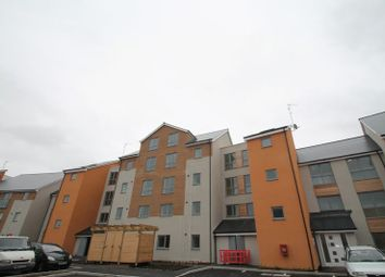Thumbnail 1 bedroom flat to rent in Kittiwake Drive, Portishead, Bristol