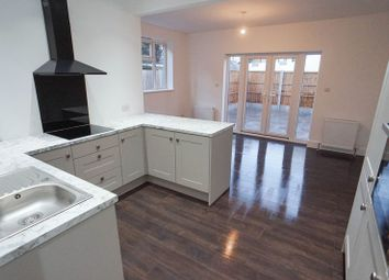 Thumbnail 2 bed flat for sale in St. Johns Road, Westcliff-On-Sea