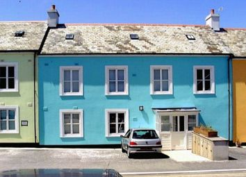 Thumbnail 2 bedroom flat for sale in Wellington Gardens, Falmouth