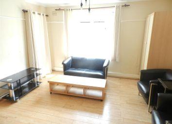 Thumbnail 2 bedroom flat to rent in Ravenet Street, London