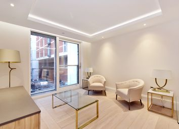 Thumbnail 1 bed flat to rent in Strand, Savoy House, London