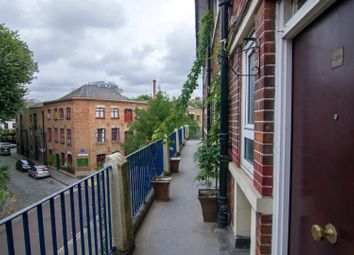 Thumbnail Room to rent in Adams-Gardens, Canada Water, London