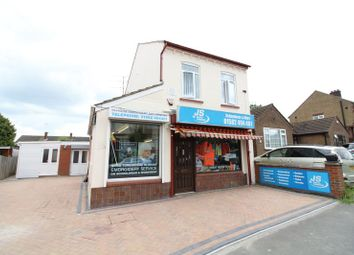 Thumbnail 4 bed detached house for sale in Neville Road, Luton