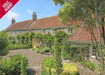 Thumbnail 6 bed detached house for sale in Rue Des Issues, St. Saviour, Guernsey