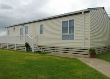 2 bed mobile/park home for sale in Nelsons Court, Rhyl, Denbighshire LL18