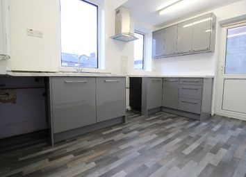 3 bed semi-detached house to rent in East Park Avenue, Blackburn BB1