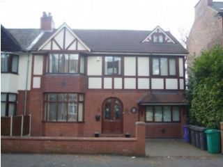 Thumbnail 8 bed semi-detached house to rent in Danes Road, Manchester
