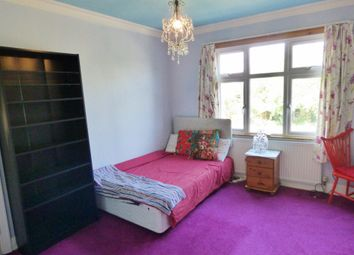 Thumbnail Room to rent in Westminster Drive, Palmers Green