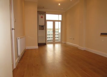 Thumbnail 2 bedroom flat to rent in High Street, Slough