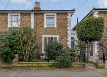 Dunstable Road, Richmond TW9. 2 bed terraced house for sale