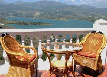 Thumbnail 3 bed villa for sale in Lake Viuela, Viuela, Mlaga