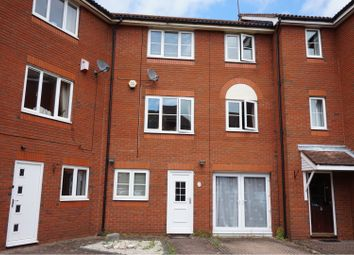 4 bed end terrace house for sale in Captains Place, Southampton SO14