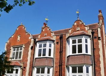 2 bed flat for sale in The Lodge, Honeywood Walk, Carshalton SM5